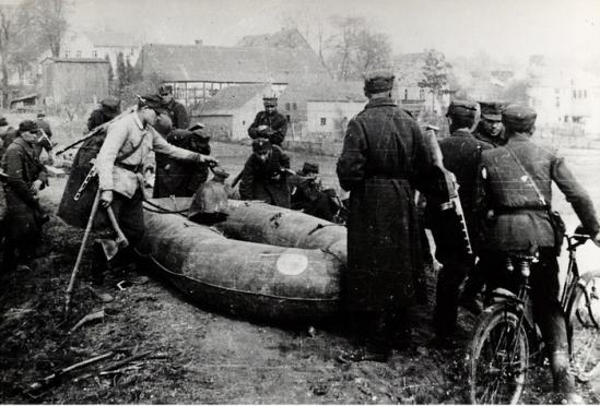 ponton forsowanie Odry 1945