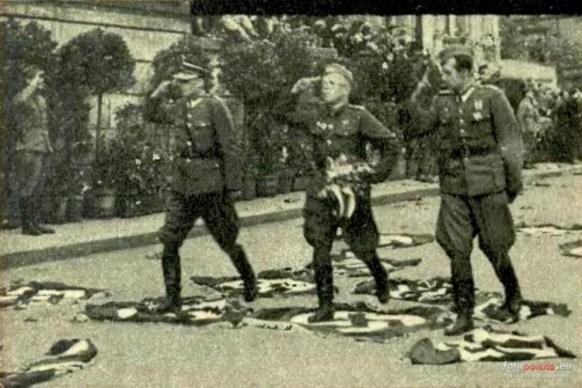 Defilada Wrocław 1945 4