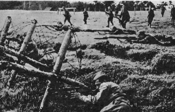 ćwiczenia w okopach Sielce 1943
