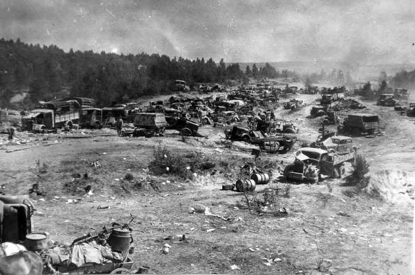 Niemieckie zniszczone sprzet po operacji Bagration