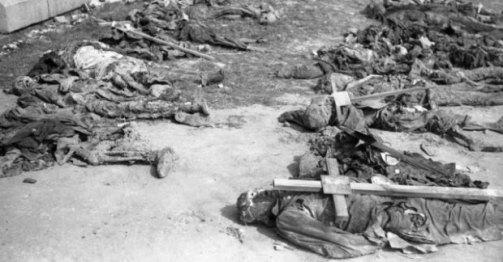 Ekshumacja poległych i pomordowanych w kwietniu i maju 1945
