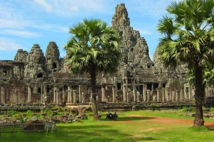 angkor-bayon-calosc