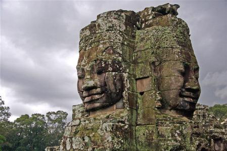angkor-bayon-kamienne-twarze
