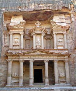Zwiedzanie-Jordanii-Petra-Skarabiec-Al_Khazneh