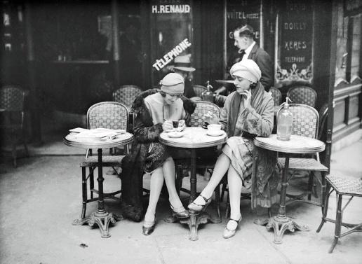 Terrace of café Paryż ok. 1925