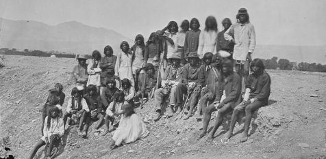 955px-group_of_mohave_indians_-_nara_-_524105