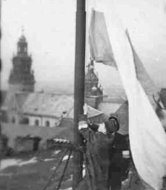 Flaga w Krakowie 1945