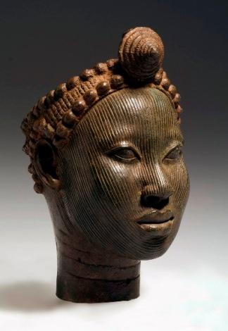 brązowa głowa z koroną z Ife1