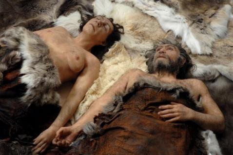 kobieta z neandertalczykiem