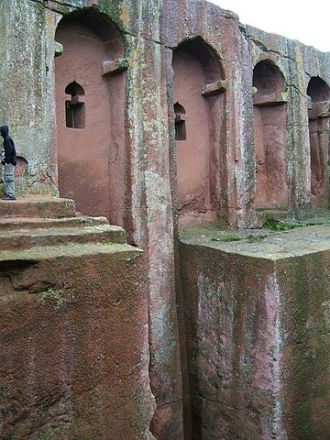 360px-Bet_Amanuel_church,_Lalibela