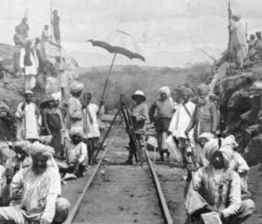 hinduscy robotnicy podczas budowy kolei Mombasa-Uganda