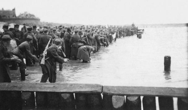 zaslubiny z morzem w kolobrzegu 1945 fot Stanisław Wasilewski