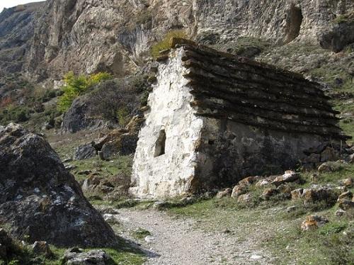 Dargavs-The-City-of-the-Dead-in-North-Ossetia-Russia-6