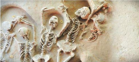 szkielety spod aten 2
