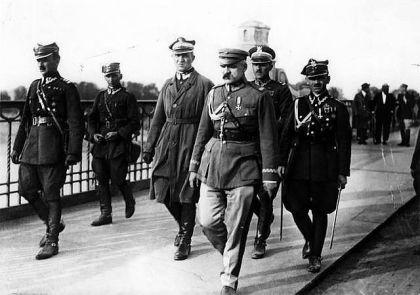 12 maja 1926 spotkanie na moscie pilsudskiego z wojciechowskim