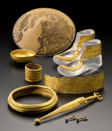 Złote przedmioty z grobu celtyckiego wodza z Hochdorf