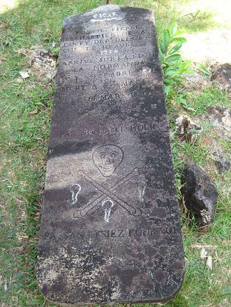 Cmentarz-Pirtaow Madagaskar 2