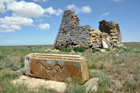 kompleks-budowli-kazachstan-1500-lat-2