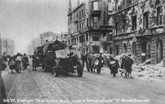 styczen-1945-rok-powrot-mieszkancow-do-miasta-fot-narodowe-archiwum-cyfrowe