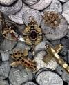 Złota biżuteria z wraku hiszpańskiego galeasa Girony, który zatonął w 1588r.