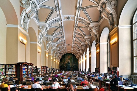 Czytelnia główna BibliotekiNarodowej w Pradze Fot. Anton Fedorenko Wikimedia Commons