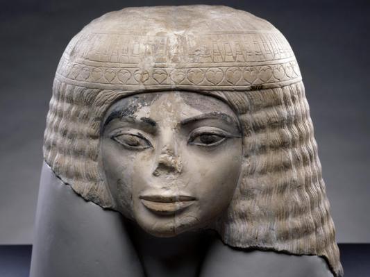 popiersie egipskiej kobiety sprzed ponad 3000 lat 2