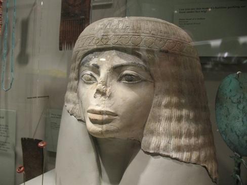 popiersie egipskiej kobiety sprzed ponad 3000 lat 3.jpg