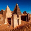 Piramidy w Meroë